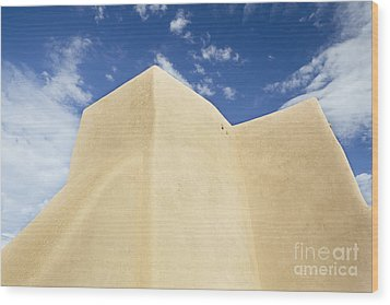 Outside Wall Of The San Francisco De Asis Mission Church Wood Print by Bryan Mullennix