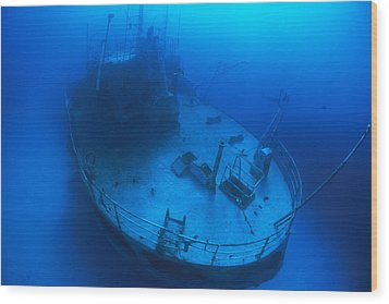 Overhead View Of A Shipwreck On The Sea Wood Print by Nick Caloyianis