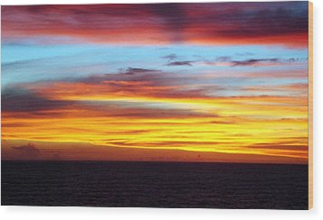 Pacific Sunset 5 Wood Print by Laura Porumb