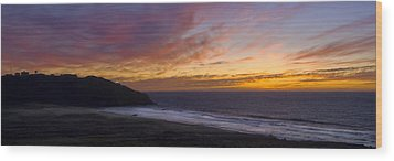 Pacific Sunset At Point Sur Wood Print by Steven Wynn