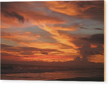 Pacific Sunset Costa Rica Wood Print by Michelle Wiarda