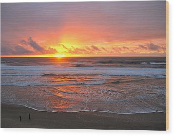 Pacific Sunset Wood Print by Eric Tressler