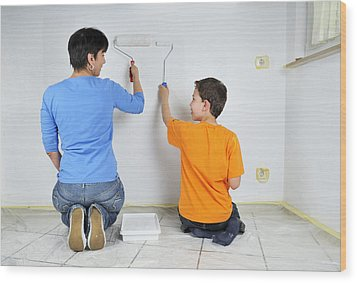 Paintwork - Mother And Son Painting Wall Together Wood Print by Matthias Hauser