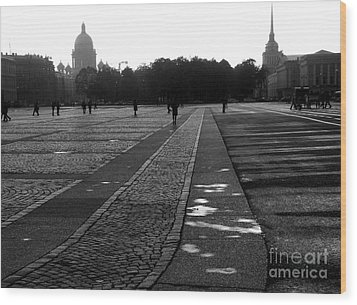 Palace Square In Saint Petersburg Wood Print by Design Remix