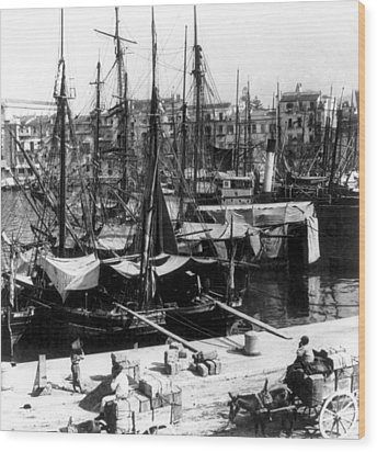 Palermo Sicily - Shipping Scene At The Harbor Wood Print by International  Images