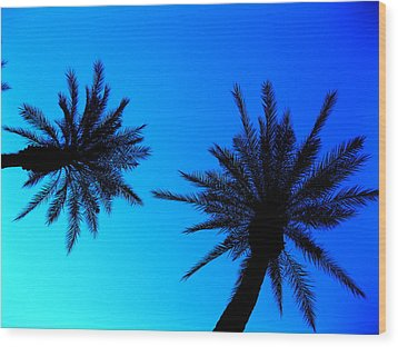 Palm Trees At Dusk Wood Print