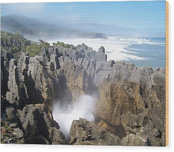 Wood Print featuring the photograph Pancake Rocks Blowhole by Peter Mooyman