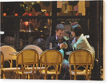 Paris At Night In The Cafe Wood Print by Mary Machare