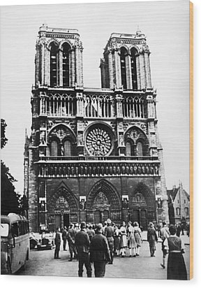 Paris: World War II, 1940 Wood Print by Granger