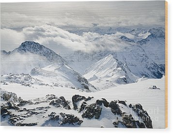 Parsenn Weissfluhgipfel View From The Summit Across The Swiss Alps Wood Print by Andy Smy