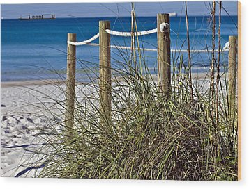 Wood Print featuring the photograph Path To The Beach by Susan Leggett