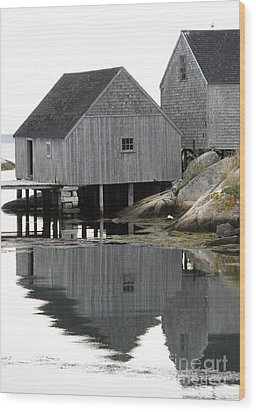 Peggy's Cove Sheds Wood Print by Louise Peardon