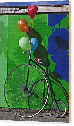 Penny Farthing And Balloons Wood Print by Garry Gay