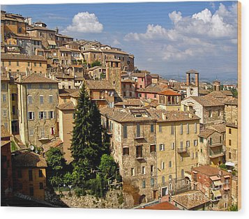 Perugia Italy - 01 Wood Print by Gregory Dyer