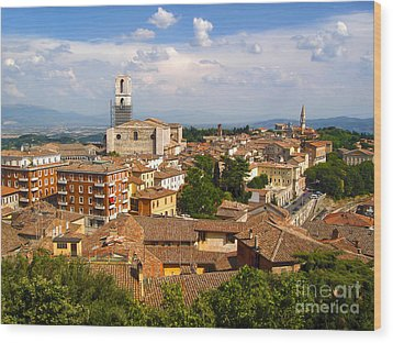 Perugia Italy - 02 Wood Print by Gregory Dyer