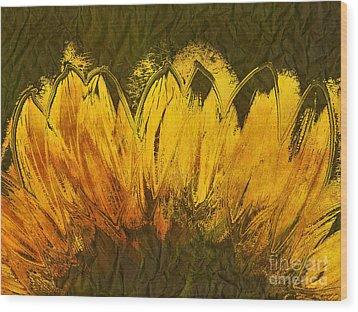 Petales De Soleil - A43t02b Wood Print by Variance Collections