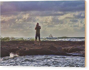 Photographing Seaside Life Wood Print by Douglas Barnard