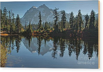 Picture Lake - Heather Meadows Landscape In Autumn Art Prints Wood Print by Valerie Garner