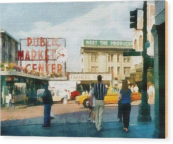 Pike Place Market Wood Print by Michelle Calkins