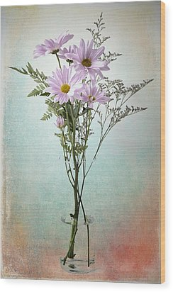 Pink Daisy Wood Print by James Bethanis