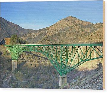 Pioneer Bridge Wood Print by Loree Johnson