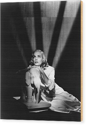 Pitfall, Lizabeth Scott, 1948 Wood Print by Everett