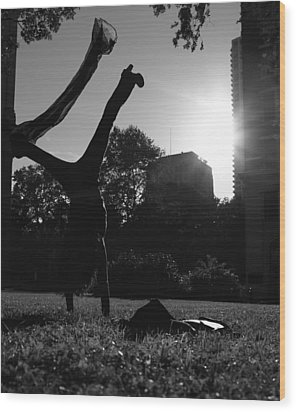 Playing With The Sun II - Philadelphia - Pensilvania - Sunset Wood Print by Lee Dos Santos