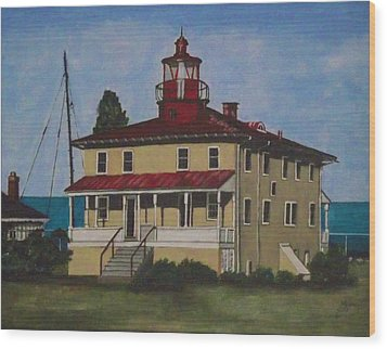 Point Lookout Lighthouse Md Wood Print by Kim Selig