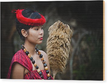 Polynesian Beauty Wood Print by Ralf Kaiser
