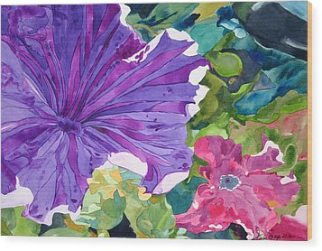 Popping Petunias Wood Print