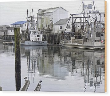Port Of Nahcotta Wood Print by Pamela Patch