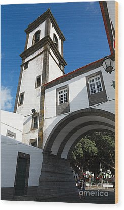 Portuguese Architecture Wood Print by Gaspar Avila