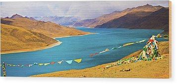 Prayer Flags By Yamdok Yumtso Lake, Tibet Wood Print by Feng Wei Photography