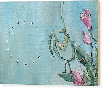 Praying Mantis And Flies In Circle Wood Print by Fabrizio Cassetta