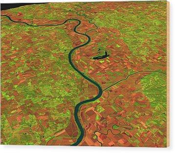 Pre-flood Missouri River Wood Print by Nasagoddard Space Flight Center