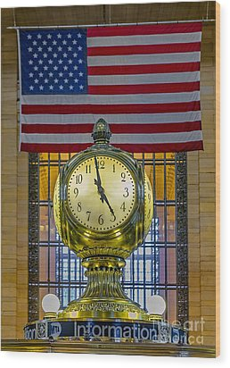 Precious Time And Colors Wood Print by Susan Candelario