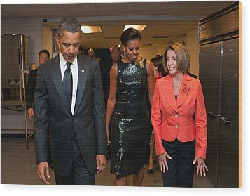 President And Michelle Obama And House Wood Print by Everett
