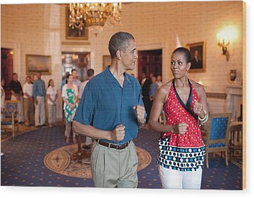 President And Michelle Obama Pretend Wood Print by Everett