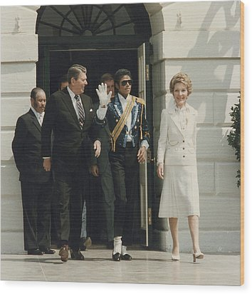 President And Nancy Reagan With Michael Wood Print by Everett