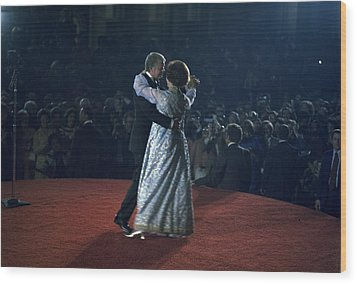 President And Rosalynn Carter Dancing Wood Print by Everett