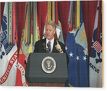 President Clinton Delivers An Wood Print by Everett