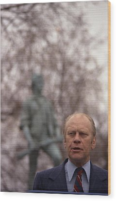 President Ford Speaks On The 200th Wood Print by Everett