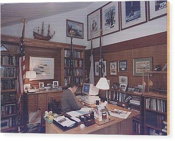 President George Bush Works Wood Print by Everett