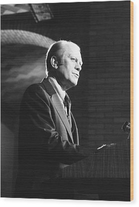 President Gerald Ford Speaking Wood Print by Everett