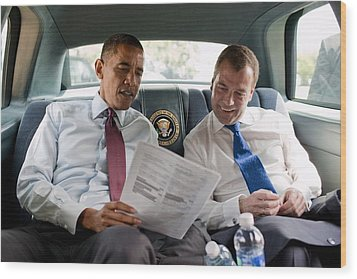 President Obama And Russian President Wood Print by Everett