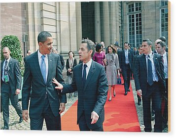 President Obama Walks With French Wood Print by Everett