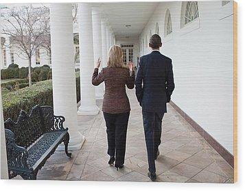 President Obama Walks With Hillary Wood Print by Everett