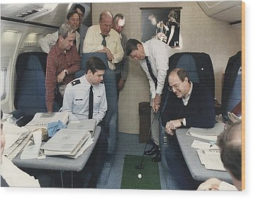 President Reagan Putting A Golf Ball Wood Print by Everett