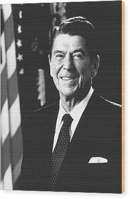 President Ronald Reagan, 1981 Wood Print by Everett