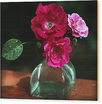Pretty Red And Pink Flowers Wood Print